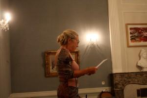"""Cathy lisant un extrait de """"Enfance"""" de Nathalie Sarraute"""